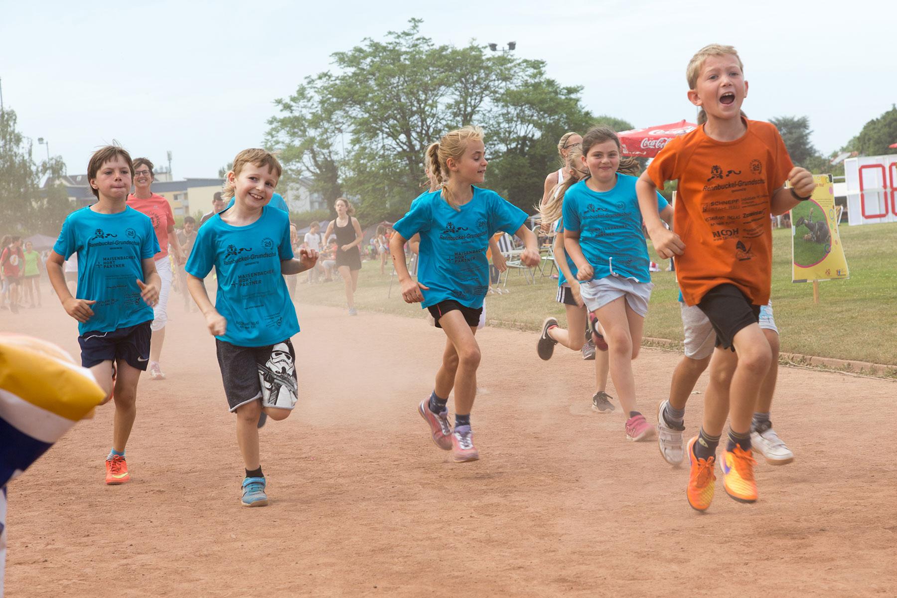 Start - 24h Lauf für Kinderrechte Karlsruhe